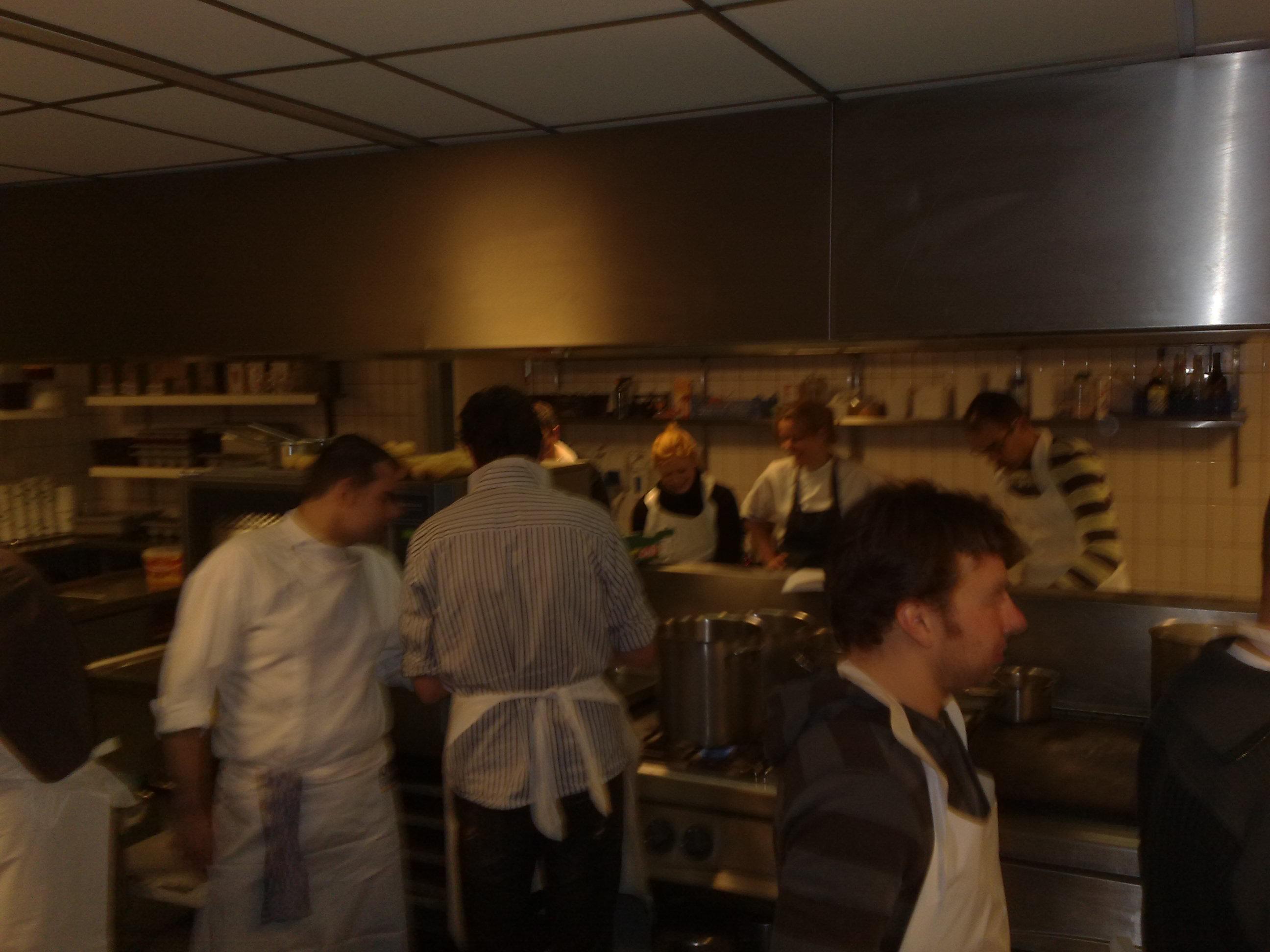 Een volle keuken